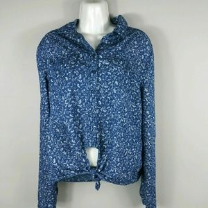 Charlotee Russ Blue Shirt Women's Large Floral